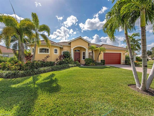2238 Valencia Lakes Cir, Naples, FL 34120