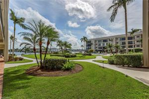 3200 Gulf Shore Blvd N 106, Naples, FL 34103