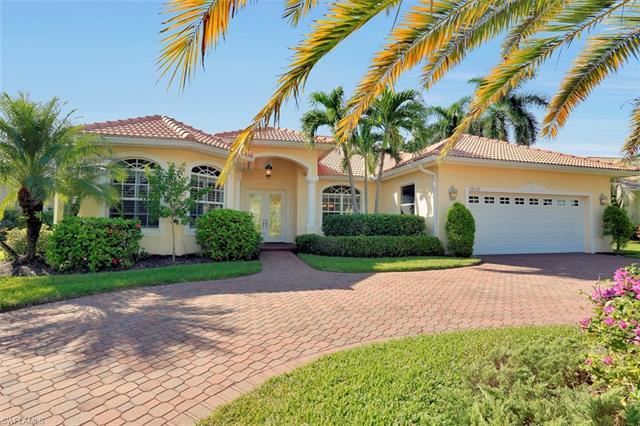 28420 Sombrero Dr, Bonita Springs, FL 34135