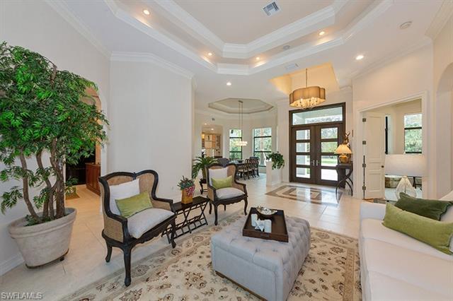 11238 Five Oaks Ln, Naples, FL 34120