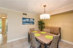 3450 Gulf Shore Blvd N 203, Naples, FL 34103
