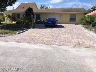 530 100th Ave N A, Naples, FL 34108