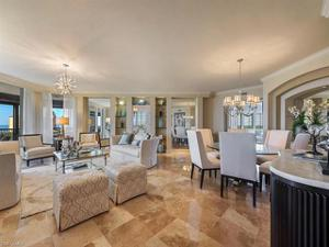 8930 Bay Colony Dr 904, Naples, FL 34108
