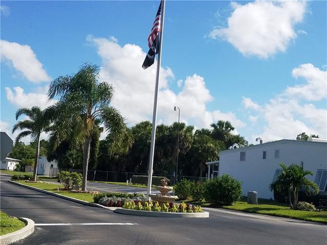 11 Garnet Dr 11-g, Naples, FL 34114