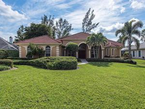 6989 Mill Run Cir, Naples, FL 34109