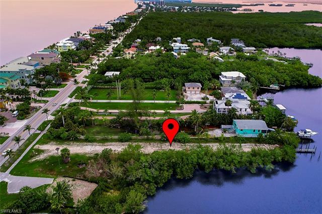 27661 Hickory Blvd, Bonita Springs, FL 34134