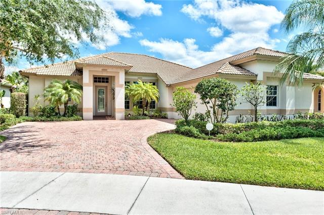9049 Bronco Ct, Naples, FL 34113
