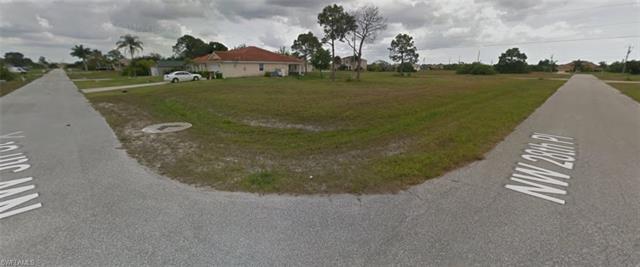 2758 5th St, Cape Coral, FL 33993