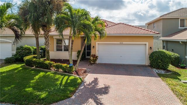9272 Scarlette Oak Ave, Fort Myers, FL 33967