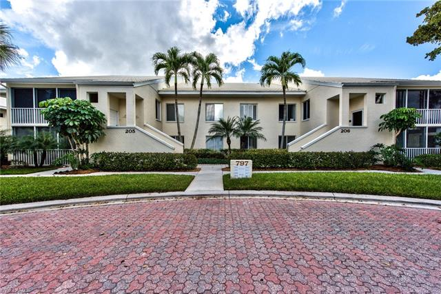 797 Willowbrook Dr 204, Naples, FL 34108