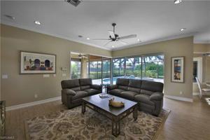 5092 Post Oak Ln, Naples, FL 34105
