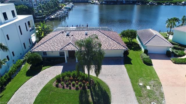 442 Palm Ct, Naples, FL 34108