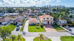 616 104th Ave, Naples, FL 34108