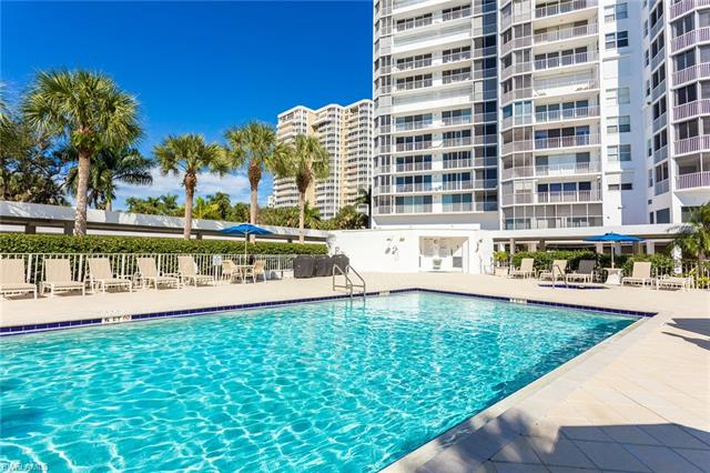 6371 Pelican Bay Blvd 1-n-1, Naples, FL 34108