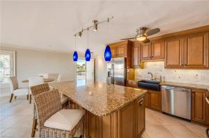 2875 Gulf Shore Blvd N 406, Naples, FL 34103