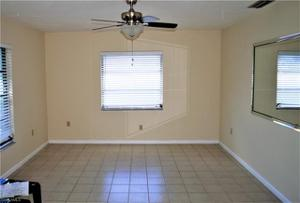 529 110th Ave N, Naples, FL 34108