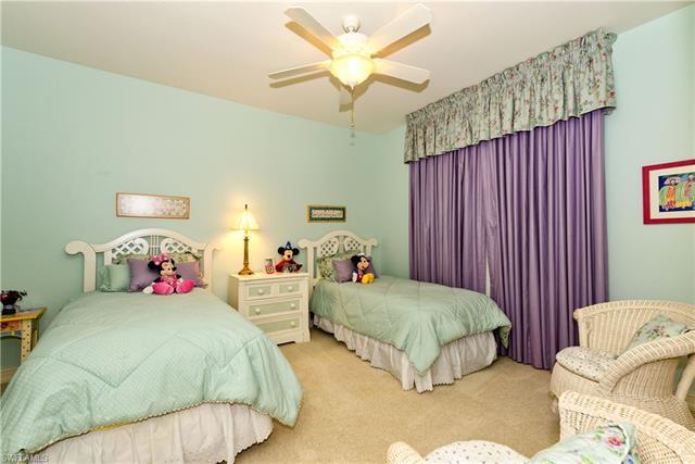 2362 Cheshire Ln, Naples, FL 34109