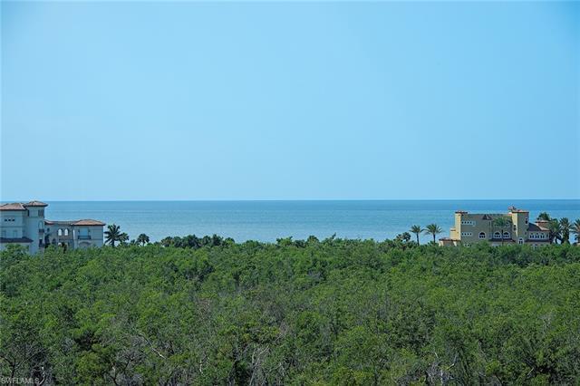 7425 Pelican Bay Blvd 704, Naples, FL 34108