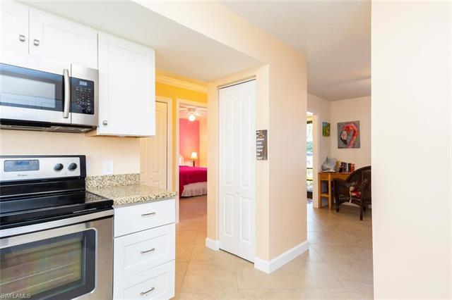 910 Vanderbilt Beach Rd 416e, Naples, FL 34108