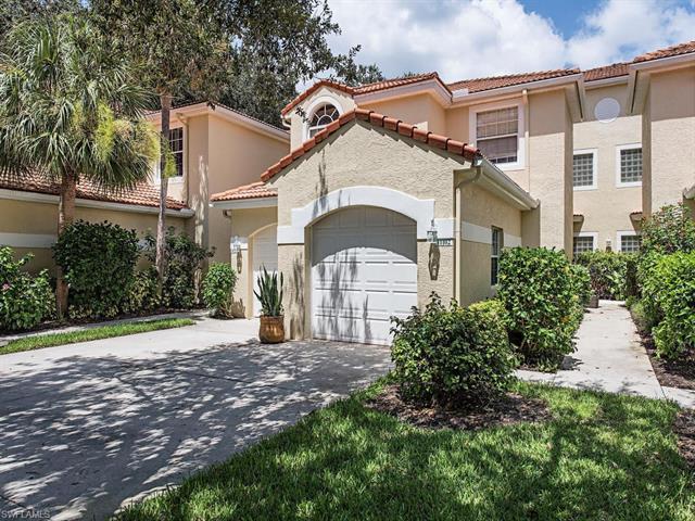65 Silver Oaks Cir E 11102, Naples, FL 34119