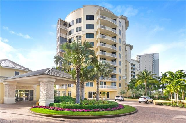 13675 Vanderbilt Dr I-709, Naples, FL 34110