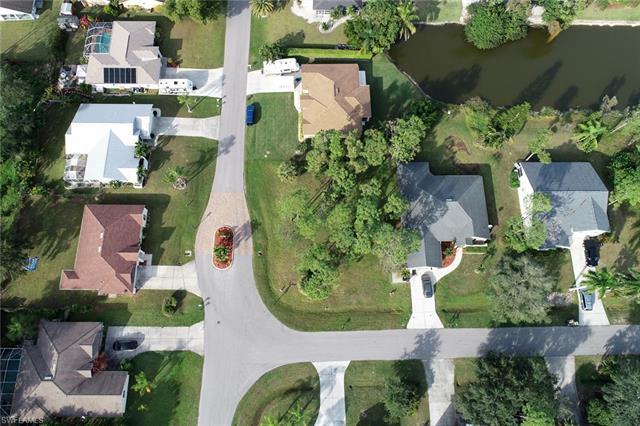 10571 Landau Ln, Bonita Springs, FL 34135