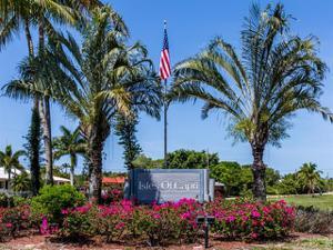 532 La Peninsula Blvd, Naples, FL 34113