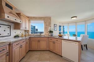 4251 Gulf Shore Blvd N 20d, Naples, FL 34103