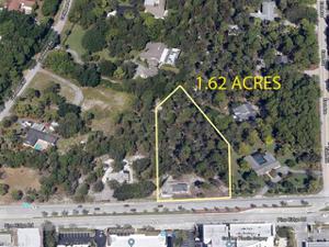1251 Pine Ridge Rd, Naples, FL 34108