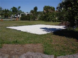 134 Dania Cir, Lehigh Acres, FL 33936