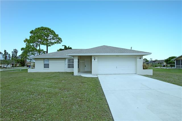 17412 Meadow Lake Cir, Fort Myers, FL 33967