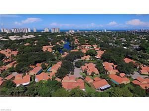 652 Windsurf Ln Villa 3, Naples, FL 34108