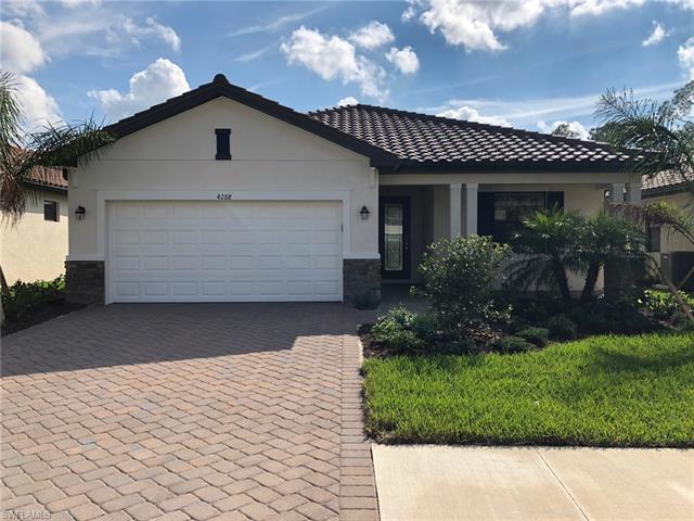 4288 Raffia Palm Cir, Naples, FL 34119