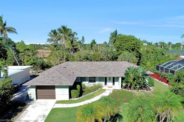 1260 Skylark Ave, Marco Island, FL 34145