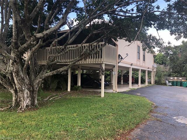 5348 Treetops Dr I-d-1, Naples, FL 34113