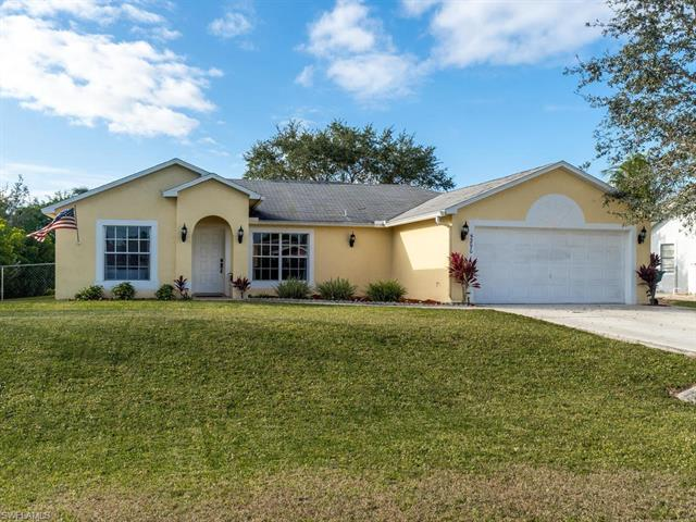 5290 19th Ave Sw, Naples, FL 34116