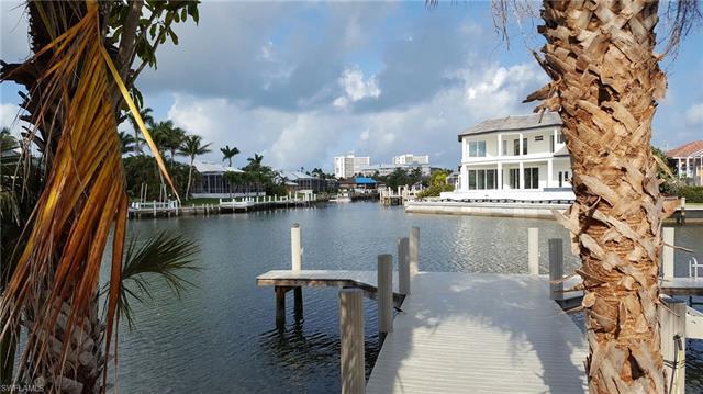 364 Copperfield Ct, Marco Island, FL 34145