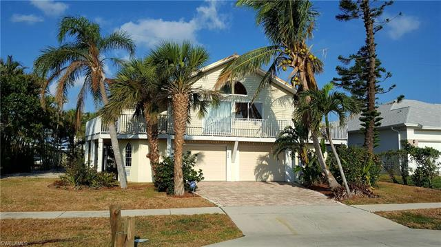 364 Copperfield Ct, Marco Island, FL 34145
