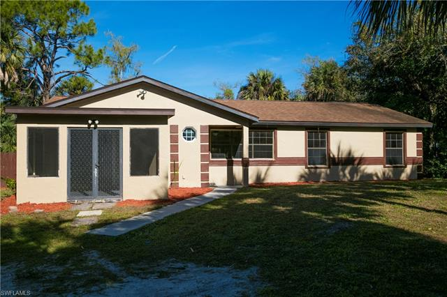 231 14th Ave Nw, Naples, FL 34120