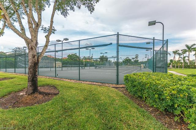 6416 Huntington Lakes Cir 1-201, Naples, FL 34119