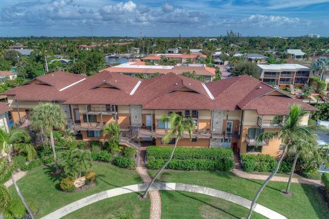 1165 Clam Ct 9, Naples, FL 34102