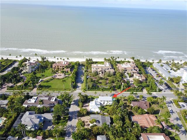700 Gulf Shore Blvd N, Naples, FL 34102