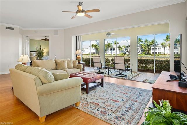 385 Sea Grove Ln 7-102, Naples, FL 34110