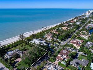 325 Gulf Shore Blvd N, Naples, FL 34102