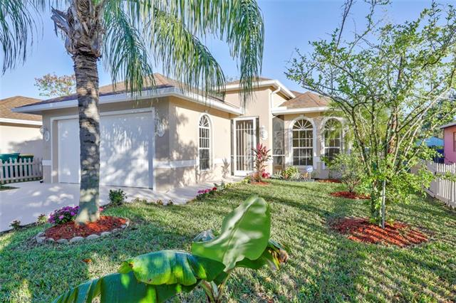 727 110th Ave N, Naples, FL 34108