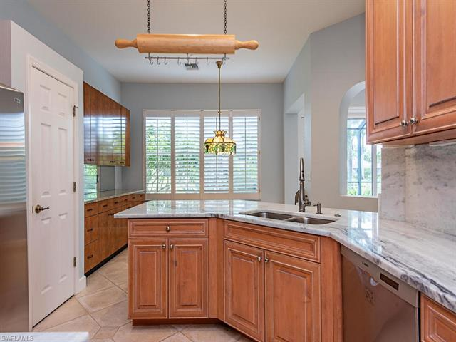 6909 Burnt Sienna Cir, Naples, FL 34109