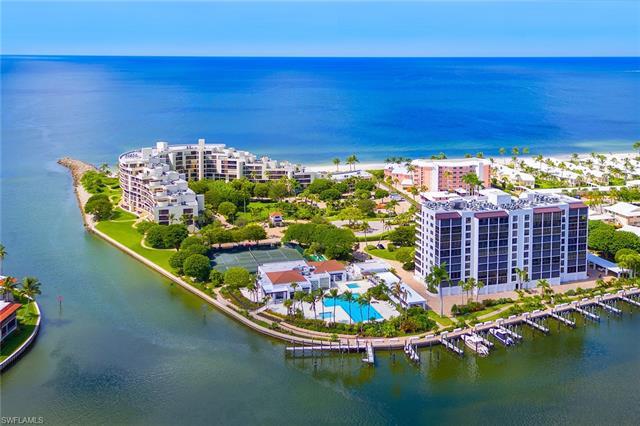 2400 Gulf Shore Blvd N 102, Naples, FL 34103