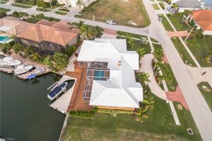 652 Crescent St, Marco Island, FL 34145