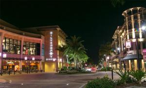 665 107th Ave N, Naples, FL 34108