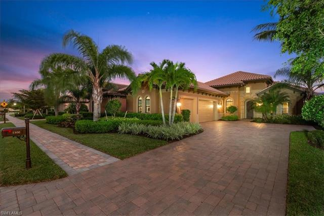 7300 Lantana Cir, Naples, FL 34119